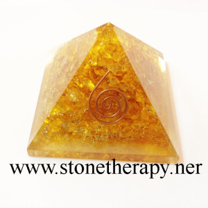 Orgone-Yellow-Onyx-Pyramid